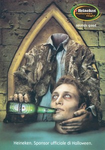 Publicité Halloween heineken, homme sans tête