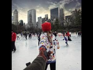 Suit moi à la patinoire