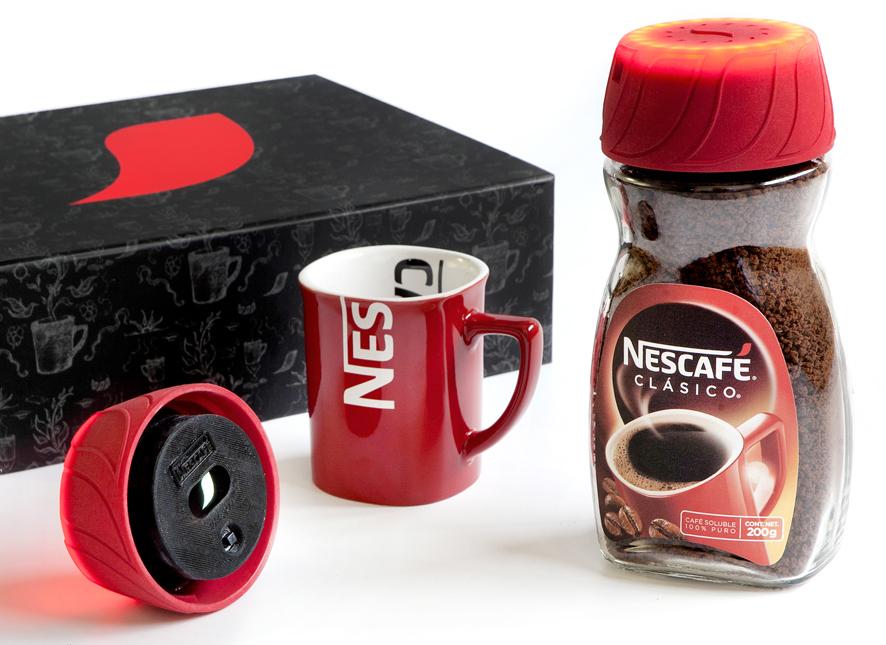 Nescafé - Alarm clock dans le couvercle